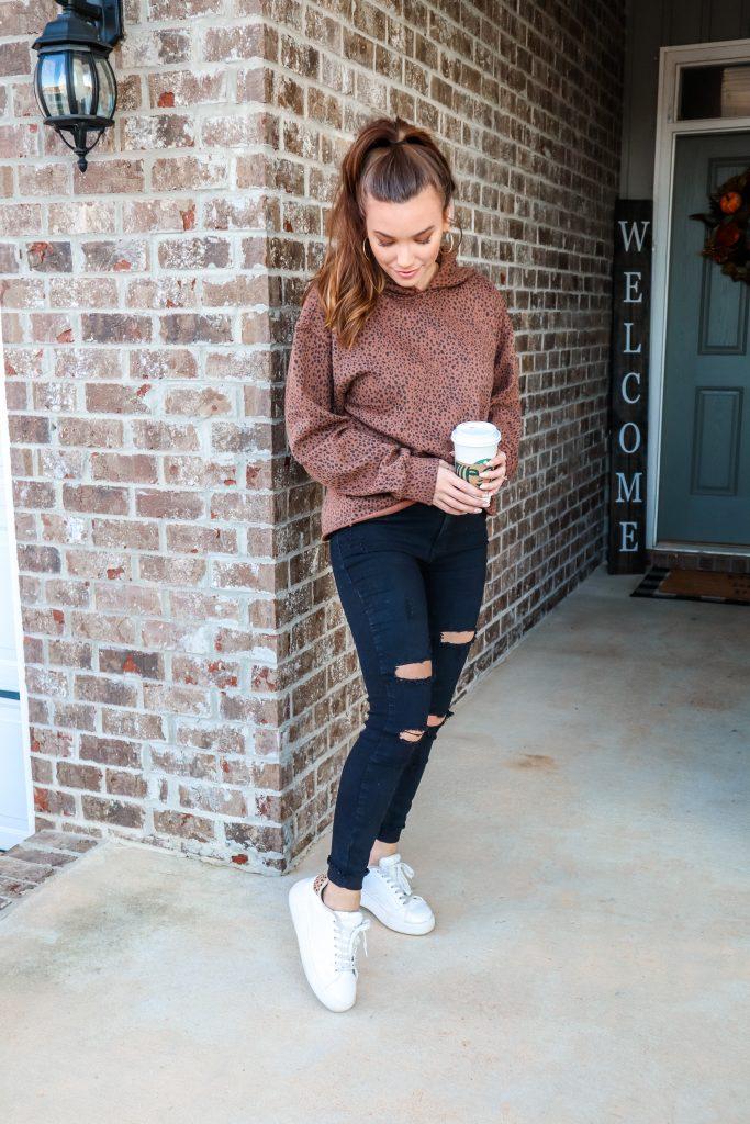 cute & casual leopard print sweatshirt